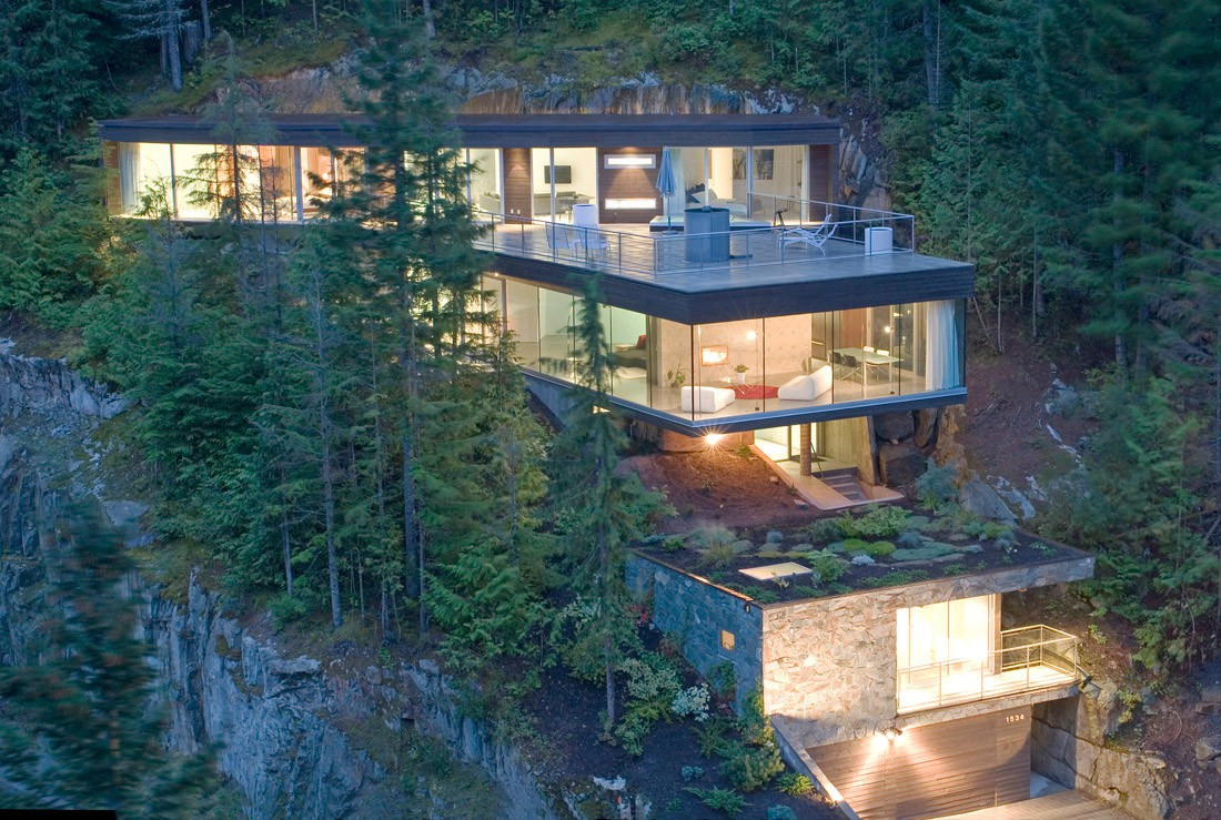 Beautiful Houses Modern Slope House Design Canada