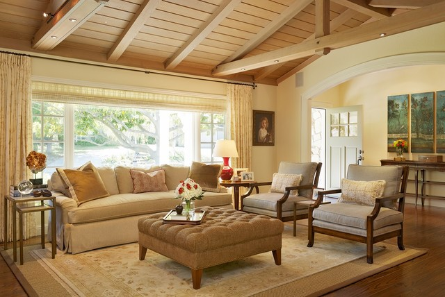 Lafayette Traditional Ranch House Living