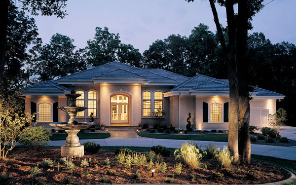 Luxury Ranch Home Stucco Exterior