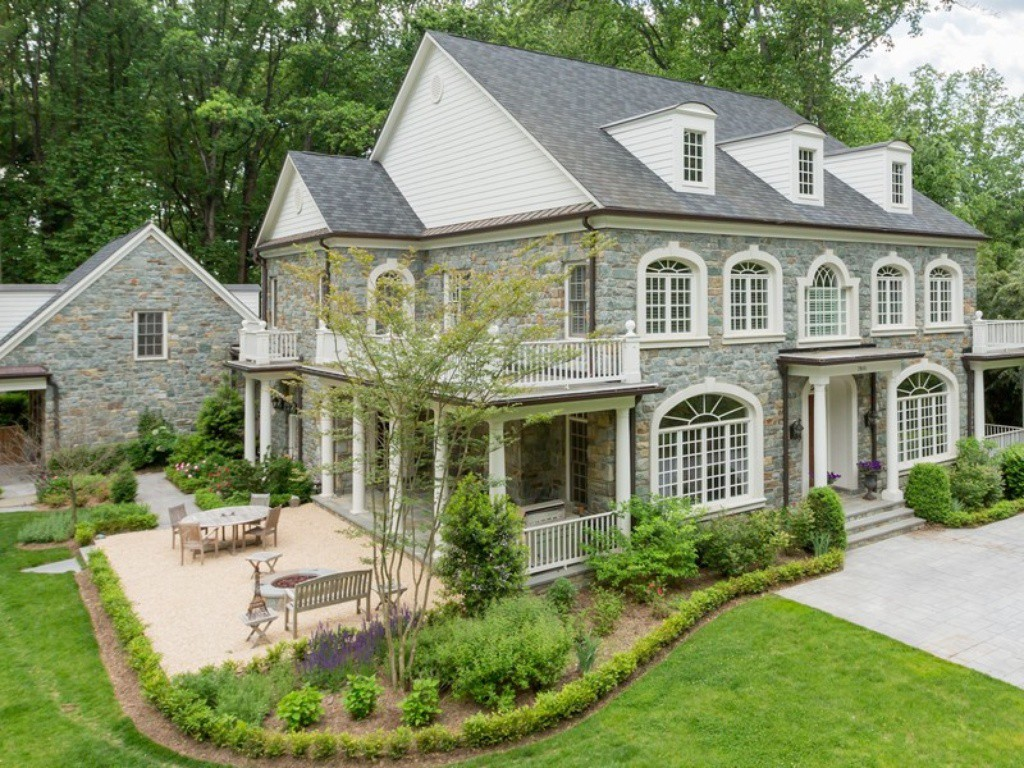 Mclean Wow House Nearly Square Foot Home More