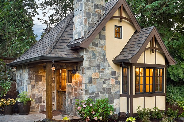 Some Most Luxurious Tiny Houses House