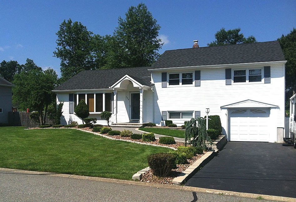 West Caldwell Split Level Home Sale Ideal